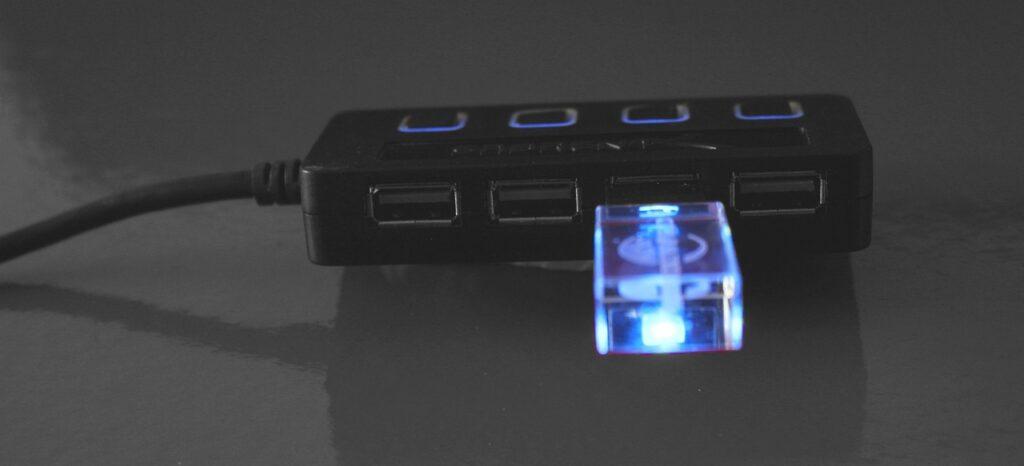 como recuperar datos del movil con pantalla rota y sin depuracion usb